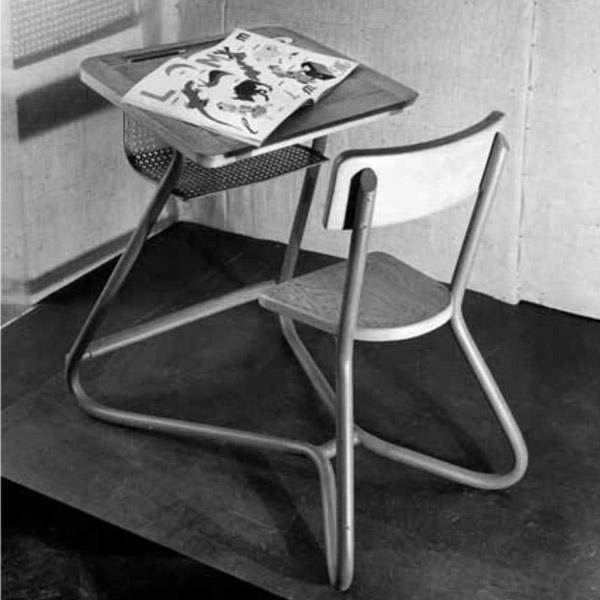 Jacques Hitier School desk | Bureau d'écolier de Jacques Hitier | Exhibition 1949